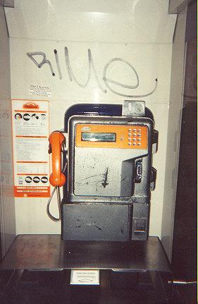 "This is the most common payphone found in city streets, shopping malls, railway stations, university campuses.</BR></BR><span class=""date-display-single"" property=""dc:date"" datatype=""xsd:dateTime"" content=""1995-11-02T00:00:00+00:00"">Nov 02, 1995</span>"
