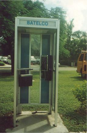 "Modern phone booth (?)</BR>Sent in by: Nuclear Winter</BR><span class=""date-display-single"" property=""dc:date"" datatype=""xsd:dateTime"" content=""1995-10-18T00:00:00+00:00"">Oct 18, 1995</span>"